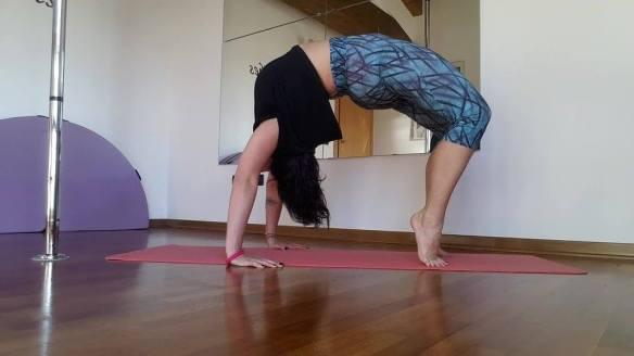 martina_liverani_bridge_yoga